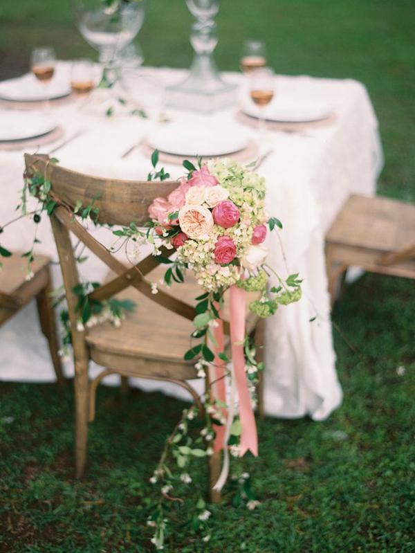 ιδεες-στολισμου-καρεκλας-για-γαμο (7)