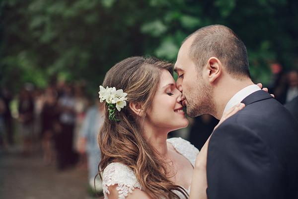 νυφικο-ζευγαρι-γαμος-στη-Ναουσα