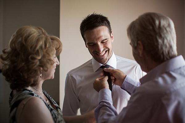 προετοιμασια-γαμπρου-γαμος-θεσσαλονικη (2)