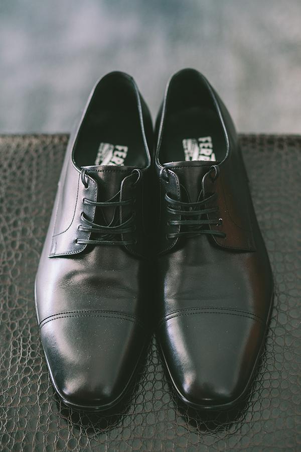 παπουτσια-γαμπρου-για-καλοκαιρινο-γαμο
