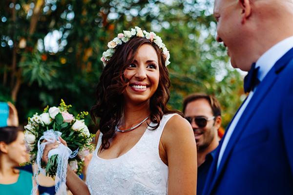 στεφανι-νυφης-με-λουλουδια