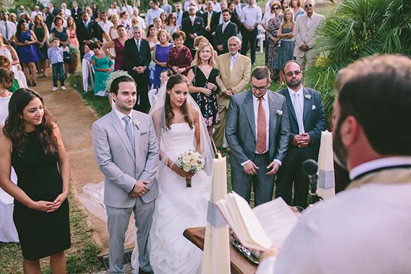 μυστηριο-γαμου-προαυλιο-εκκλησιας (3)