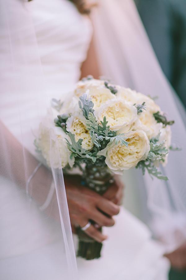 νυφικη-ανθοδεσμη-με-david-austin-τριανταφυλλα (2)