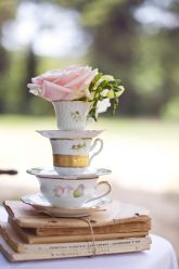 Peony-and-porcelain-wedding-planner (53)