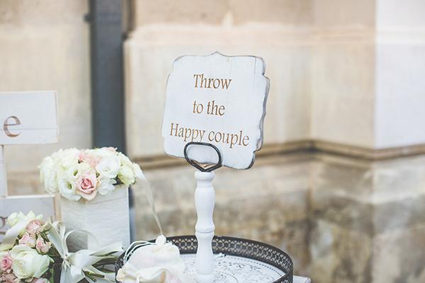 ρομαντικη-διακοσμηση-γαμου