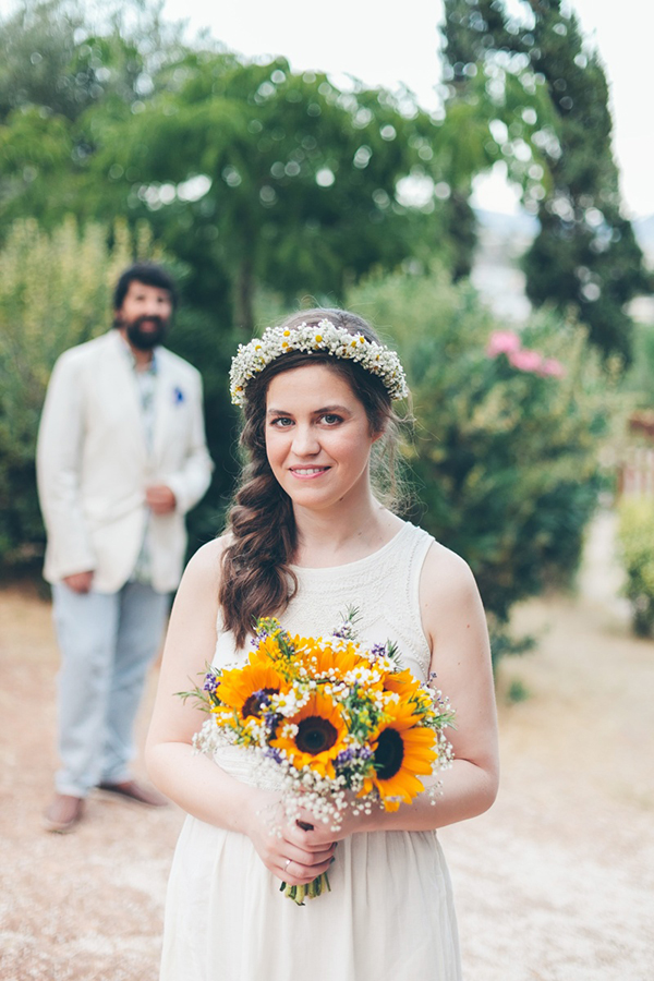 νυφικη-ανθοδεσμη-κιτρινα-λουλουδια-1