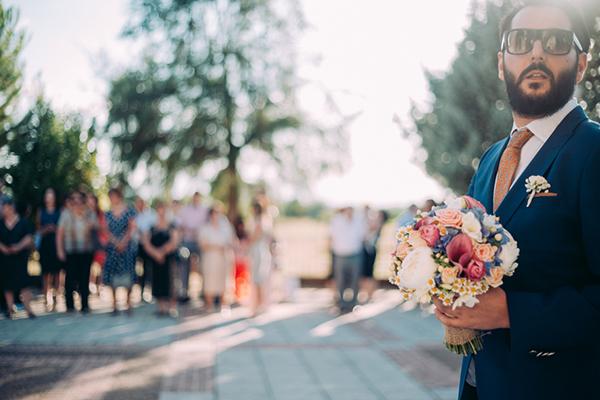 ανθοδεσμη-γαμος-καλοκαιρι