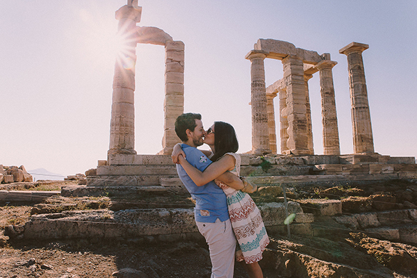 engagement-photos-sounio-3
