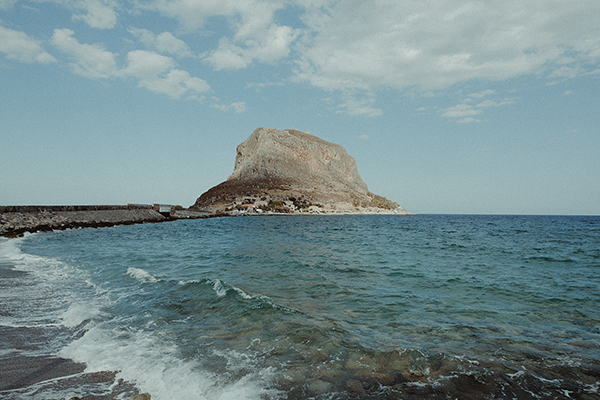 romantic-wedding-in-monemvasia (12)