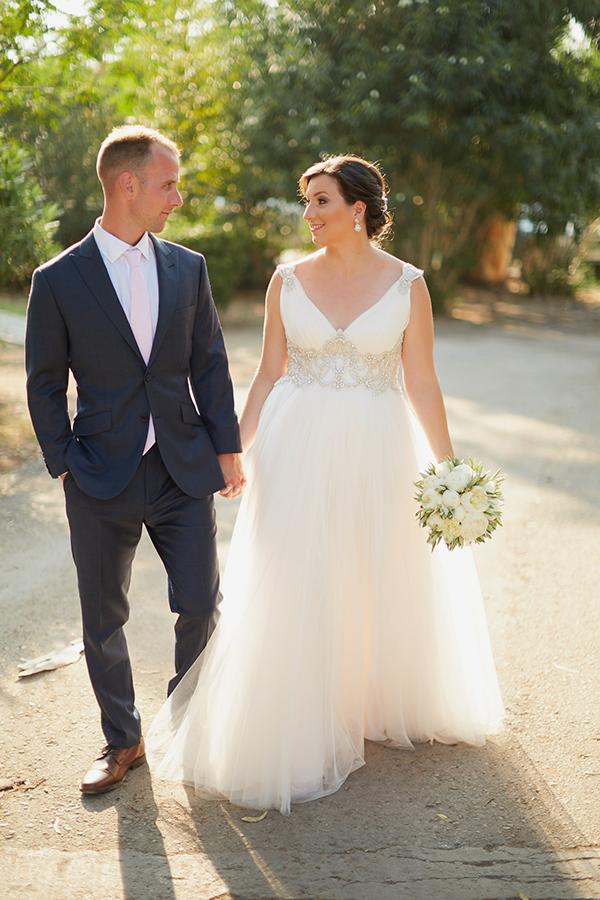 romantic-wedding-olive-themed (1)
