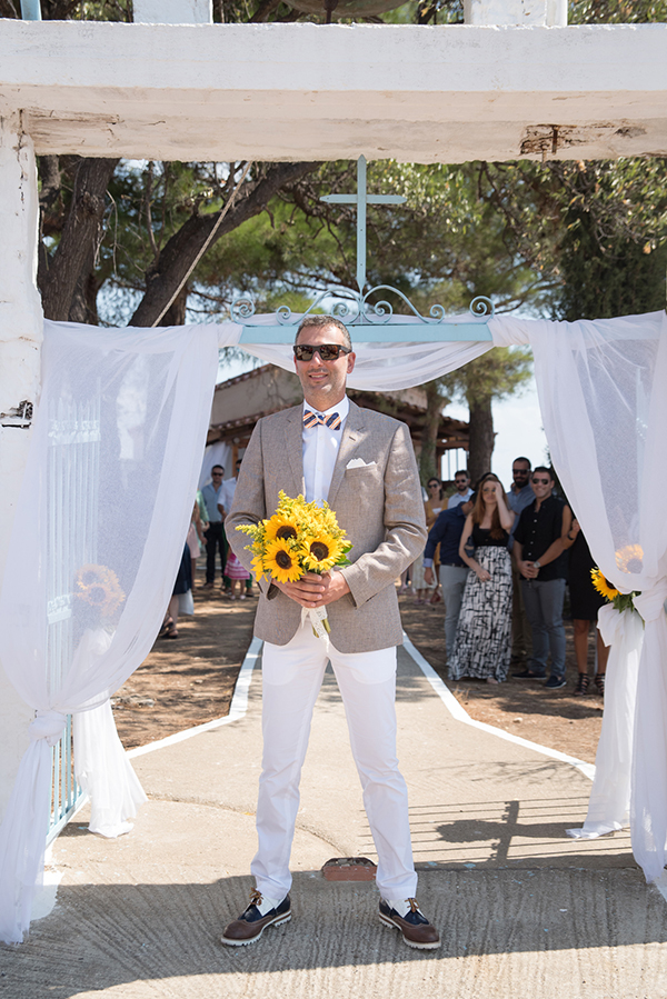 fall-wedding-xanthi-sunflowers-22