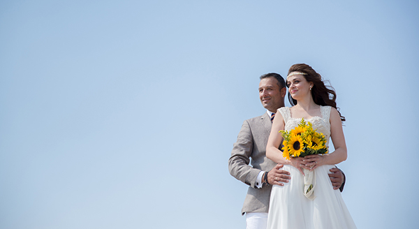 fall-wedding-xanthi-sunflowers-29