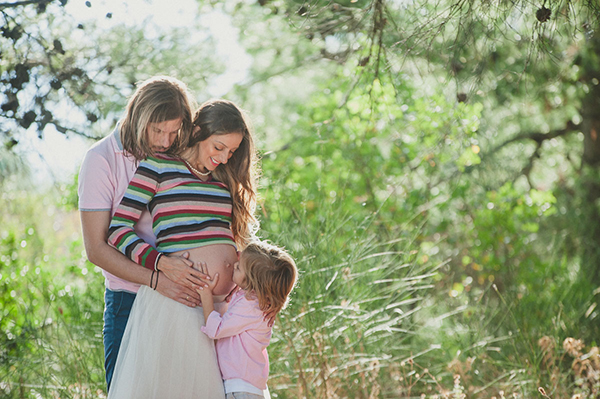 lovely-maternity-session-lake-1