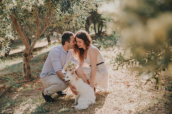 beautiful-engagement-session-lagonissi-7