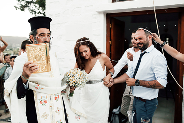 beautiful-wedding-in-patmos-17