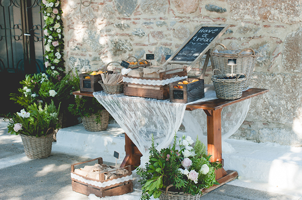 pretty-country-style-wedding-11