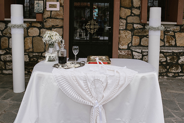 pretty-spring-wedding-xanthi-15