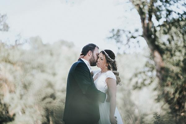 pretty-spring-wedding-xanthi-34