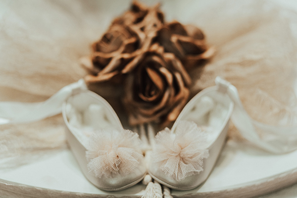 rose-baptism-ideas-4