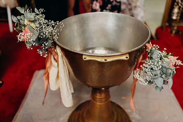 rose-baptism-ideas-5