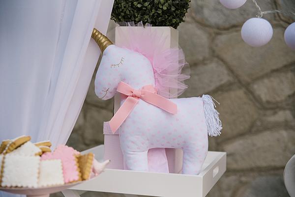 unicorn-baptism-decoration-ideas-1