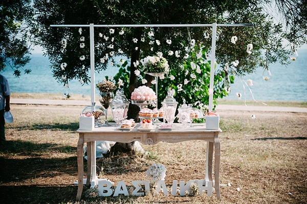 beautiful-wedding-by-the-sea-11
