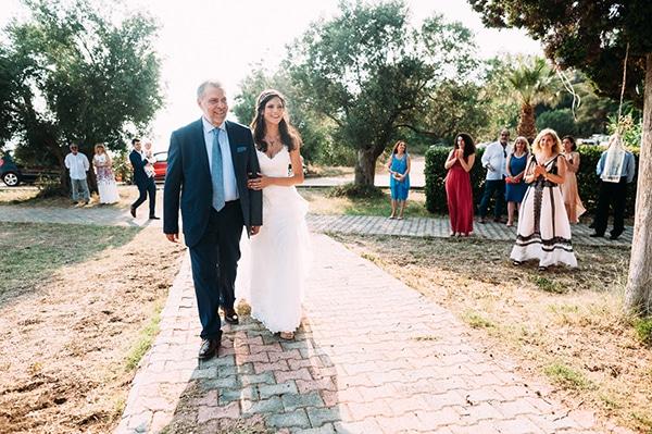 beautiful-wedding-by-the-sea-16