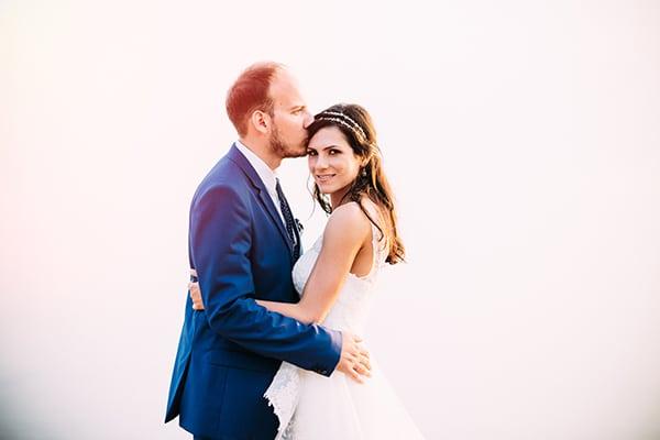 beautiful-wedding-by-the-sea-2
