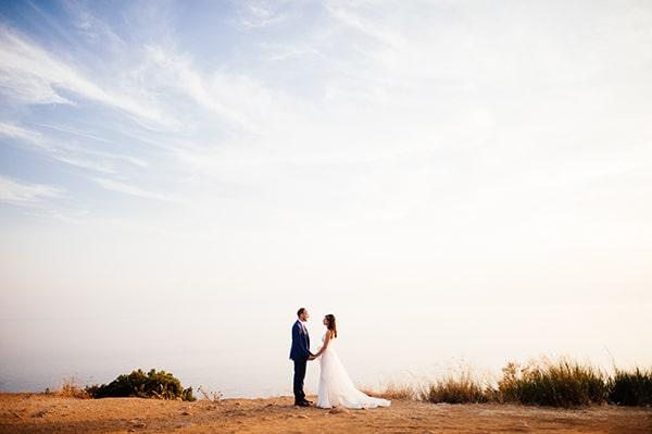 beautiful-wedding-by-the-sea-20