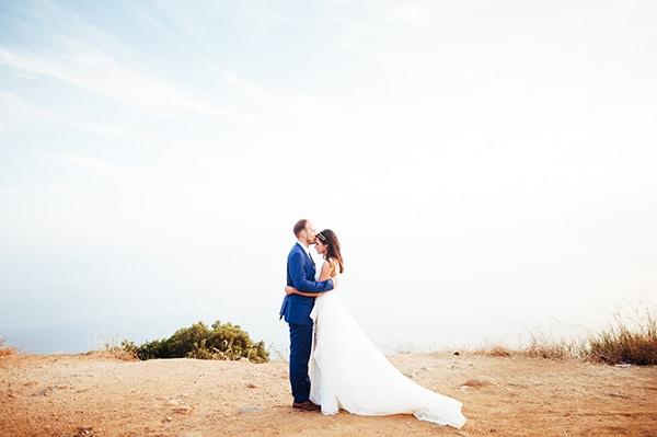 beautiful-wedding-by-the-sea-2X
