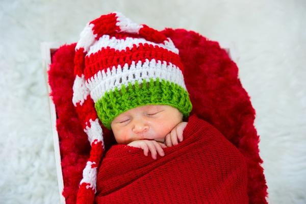 christmas-newborn-session-5