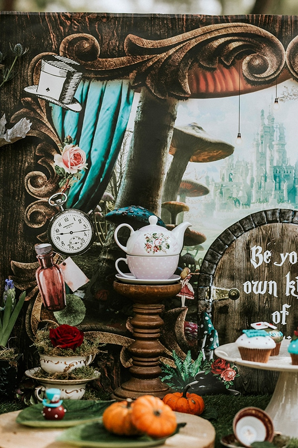 fairytale-baptism-ideas-alice-wonderland-7