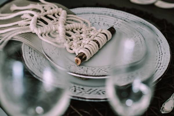 macrame-dreamcatcher-wedding-favors-0