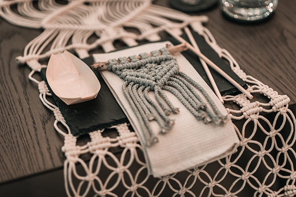 macrame-dreamcatcher-wedding-favors-4
