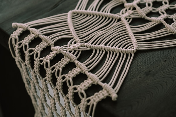 macrame-dreamcatcher-wedding-favors-4x