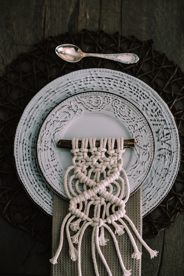 macrame-dreamcatcher-wedding-favors-6
