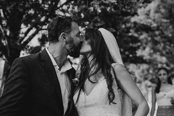 romantic-rustic-wedding-with-babys-breath_21