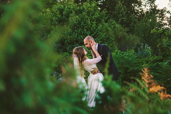 beautiful-romantic-wedding-forest_03