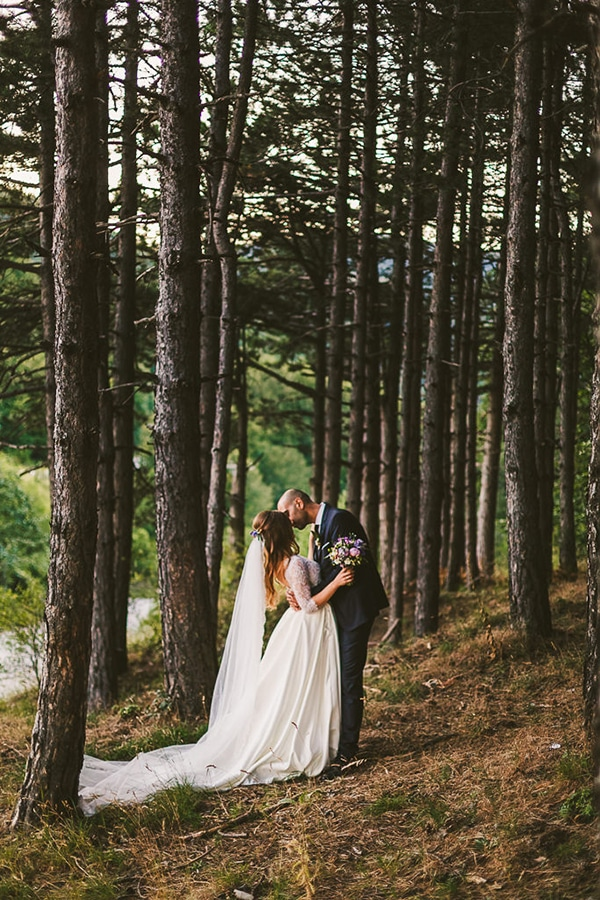 beautiful-romantic-wedding-forest_19