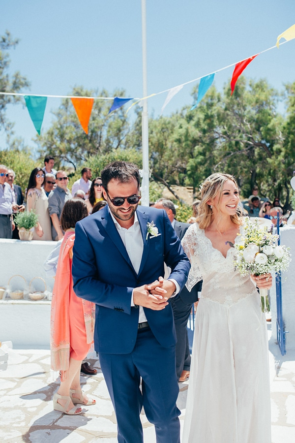 bright-gorgeous-wedding-tinos-island_13