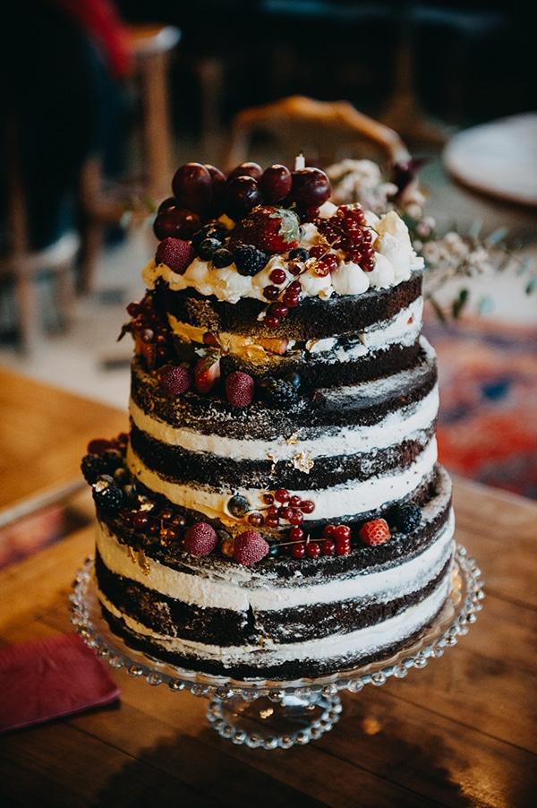 fairytale-winter-wedding-burgundy-colour_15