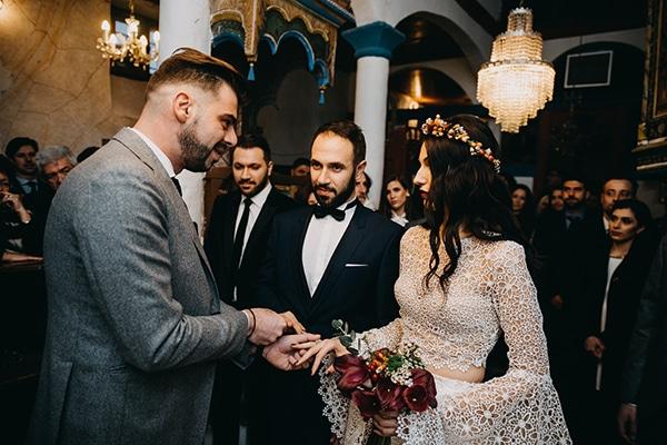 fairytale-winter-wedding-burgundy-colour_21
