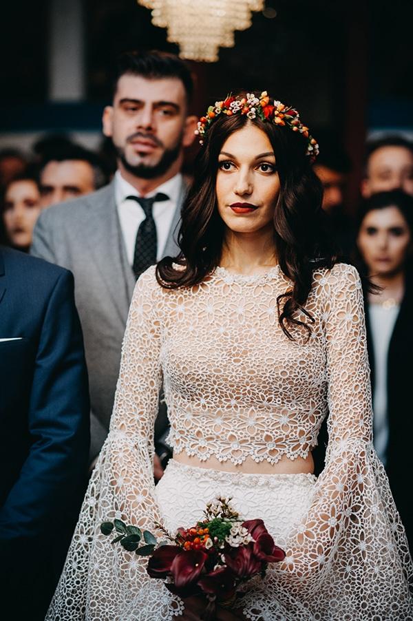 fairytale-winter-wedding-burgundy-colour_23