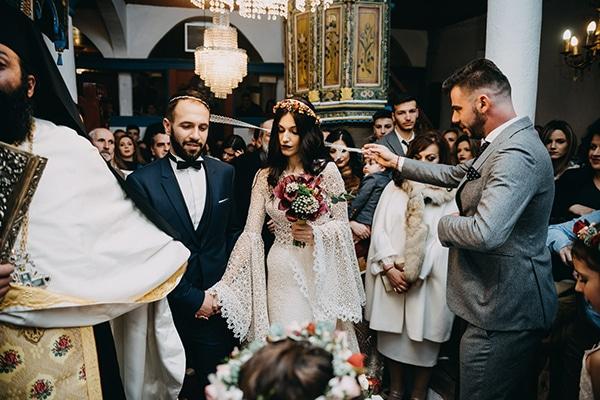 fairytale-winter-wedding-burgundy-colour_24
