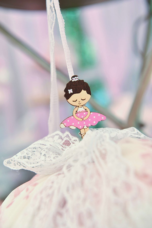 girly-baptism-decoration-ideas-ballerina-theme_01