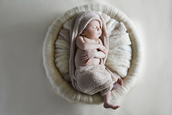 sweet-newborn-session-earthy-tones_06