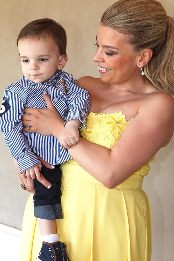 gorgeous-baptism-blue-yellow-colours_07x