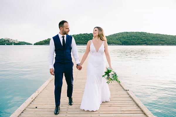 gorgeous-wedding-syvota-minimal-tones_01