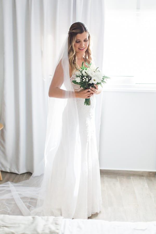 gorgeous-wedding-syvota-minimal-tones_13