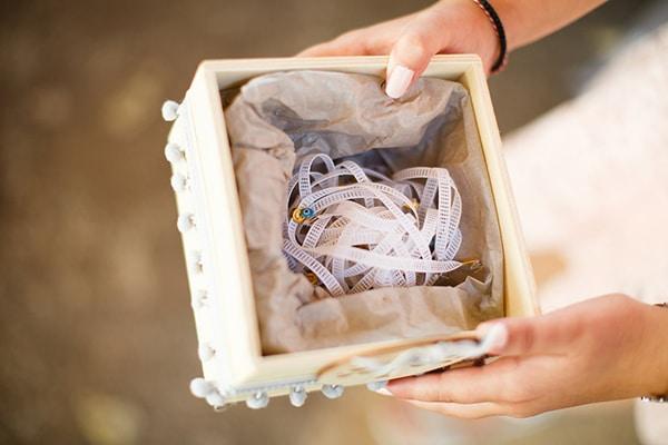 gorgeous-wedding-syvota-minimal-tones_32x